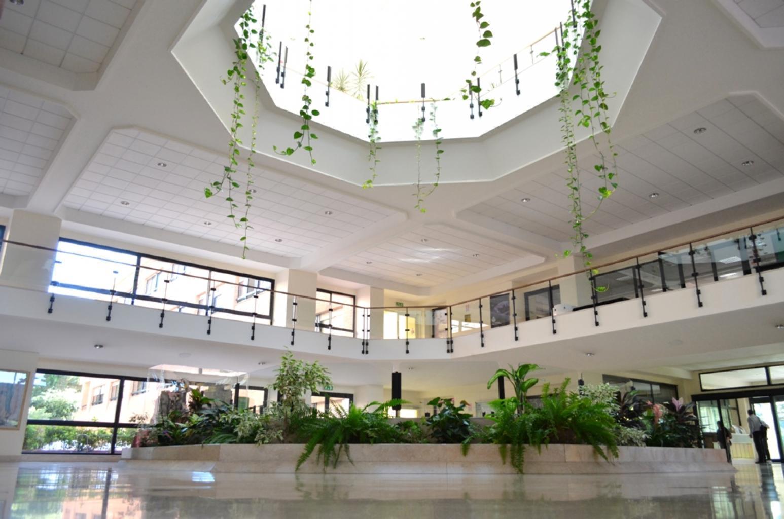 Recuni Uni Pictures Building_indoors