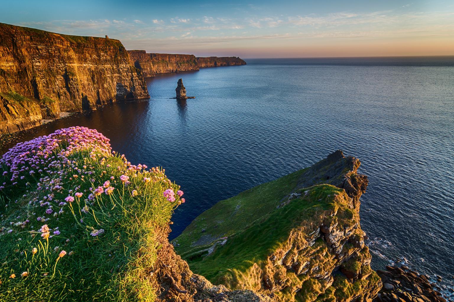 Recuni City Pictures Ireland_Cliffs